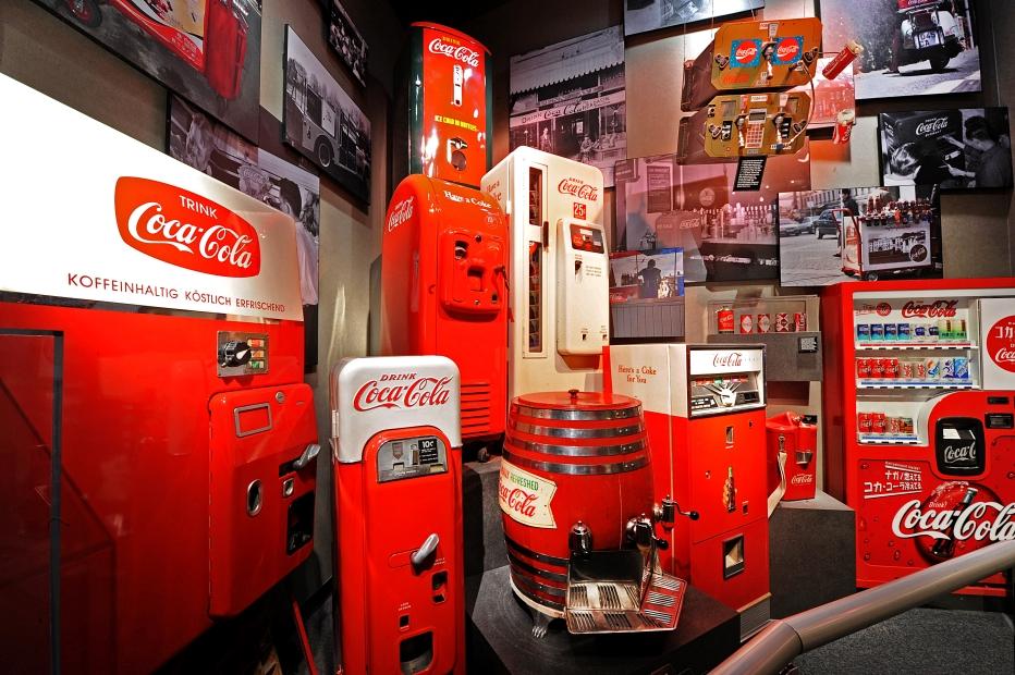 wocc-vintagevendingmachines-7d9cdf1a.rendition.932.620